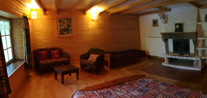 Dans une ancienne ferme Baujue rénovéeConfort, calme et cadre chaleureux